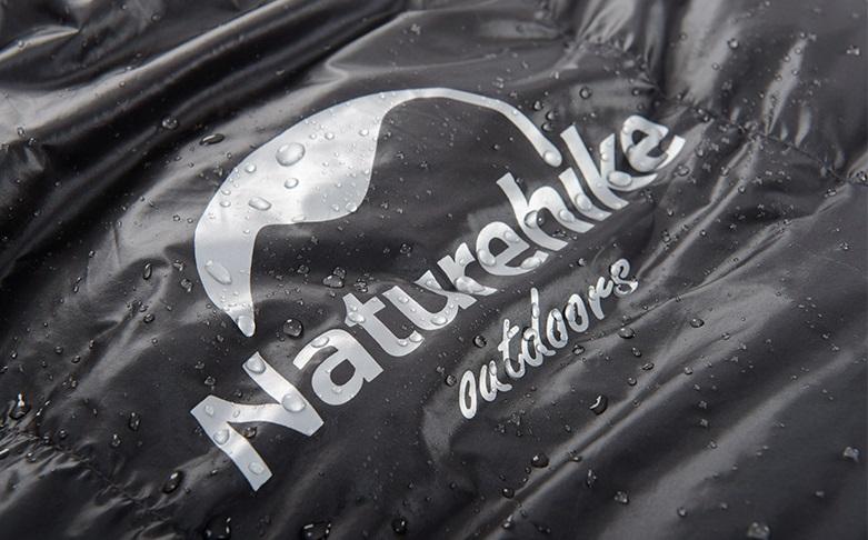 Cận cảnh lớp vải dù chống thấm nước của túi ngủ chống muỗi UL1200